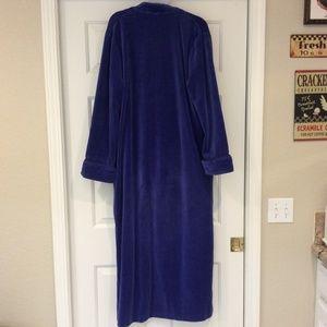 Nordstrom Lingerie Intimates & Sleepwear - Nordstrom Lingerie Long Plush Robe Sleepwear Blue